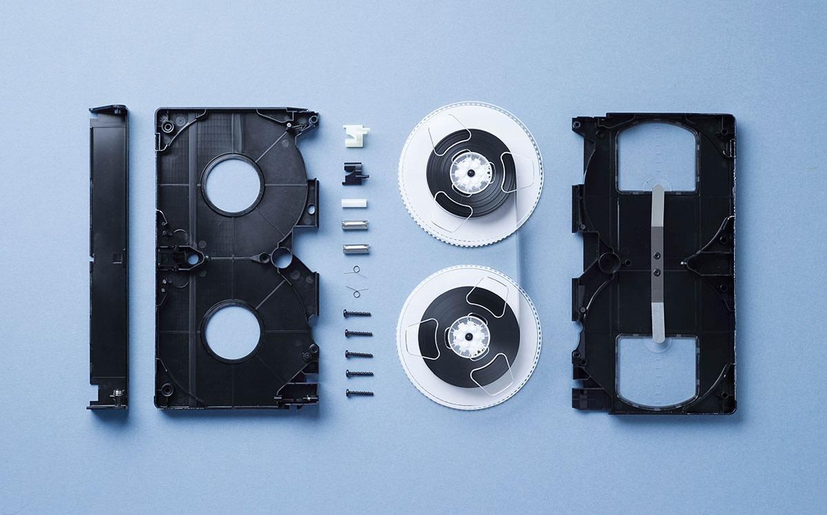 vhs-cassette-disassembled-MTJQL4F.jpg